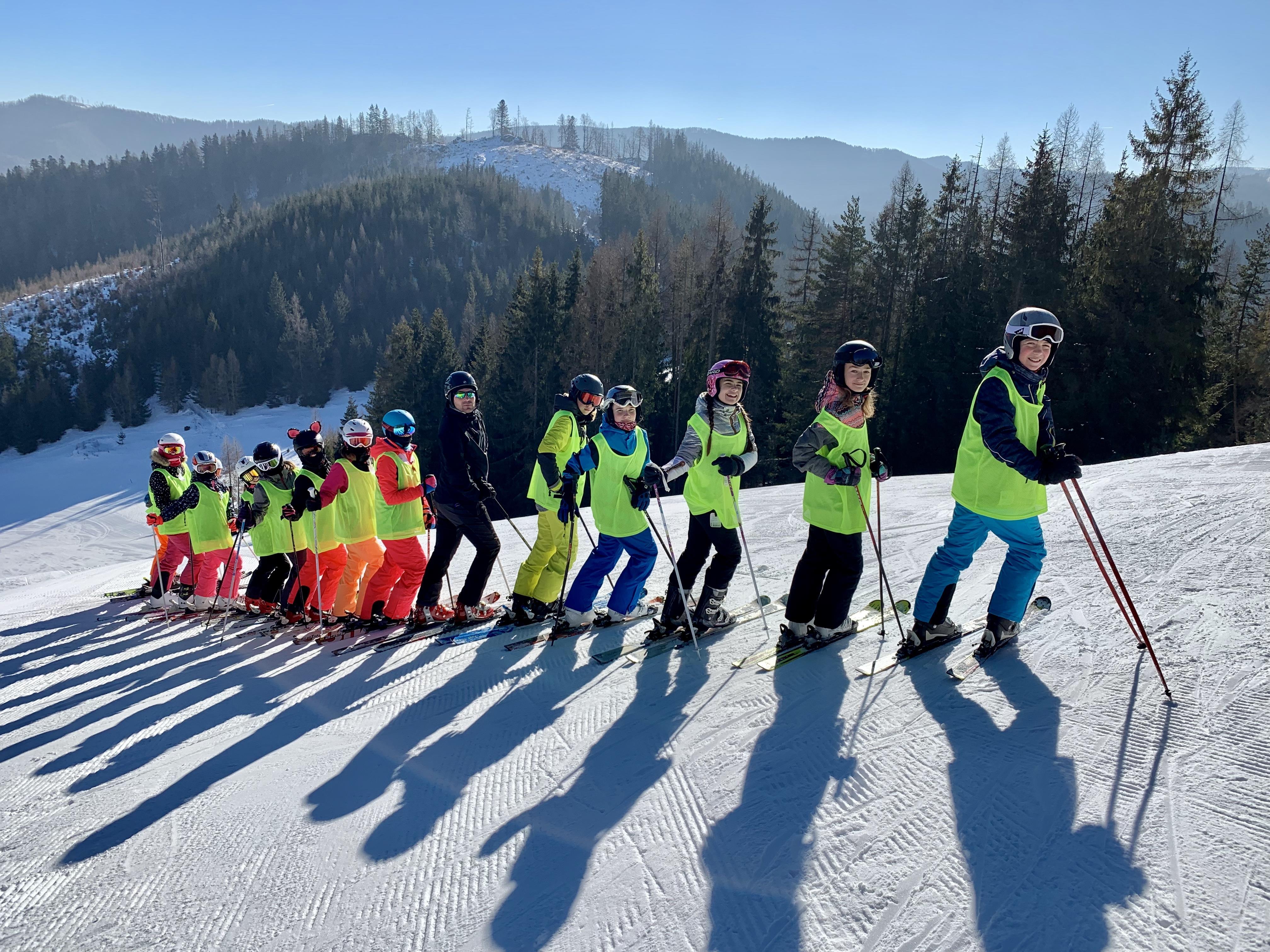 2937e9391 Kysucký lyžiarsky výcvik | Lyžiarske zájazdy | CK Slniečko